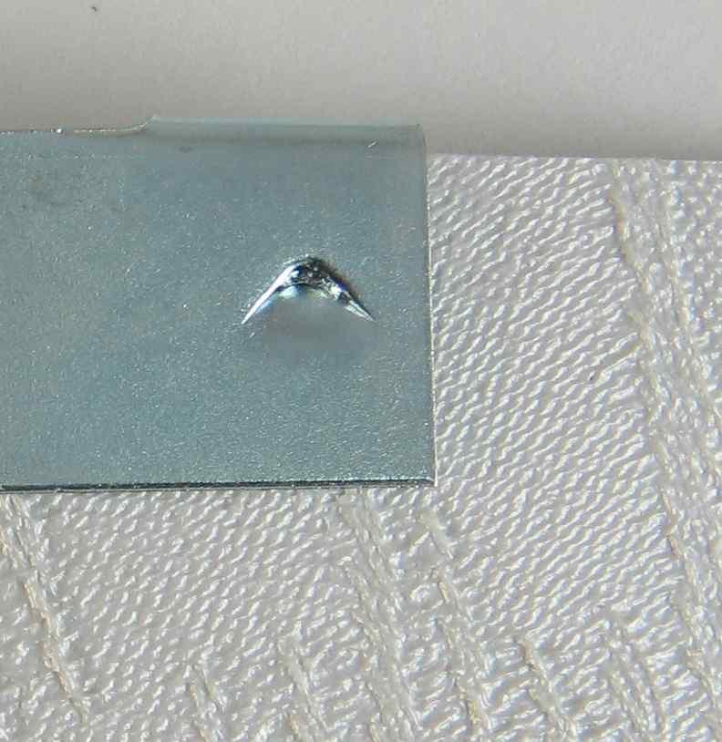 metal vane saver repair clip with gripper teeth